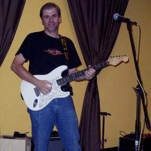 Coon_steve_guitar_1